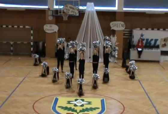 Mini frkljice, ŠKL novoletni cheer open 2014